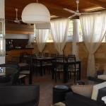 Aqua Lounge by the Pool